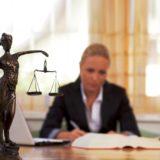 Семейный адвокат – ваша скорая юридическая помощь